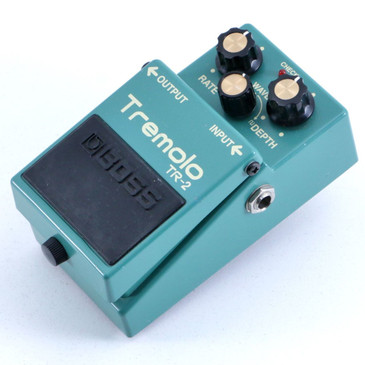 Boss TR-2 Tremolo Guitar Effects Pedal P-06419