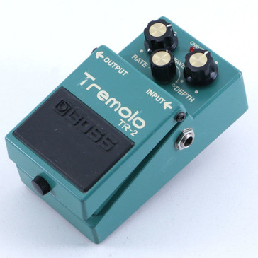 Boss TR-2 Tremolo Guitar Effects Pedal P-06438