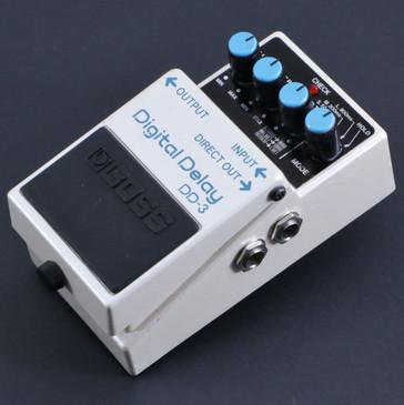 Boss DD-3 Digital Delay  Guitar Effects Pedal P-06478