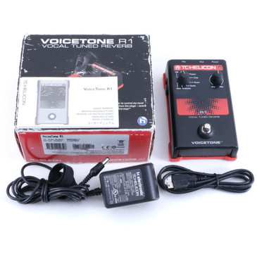 TC Helicon R1 Vocal Tuned Reverb Vocal Effects Pedal & Power Supply P-06569