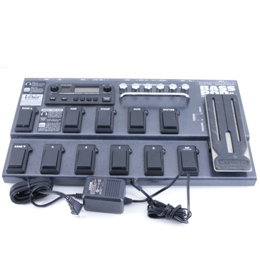 Line 6 Bass Pod XT Live Bass Guitar Multi-Effects Pedal & Power Supply P-06580