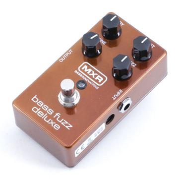 MXR M84 Deluxe Bass Fuzz Bass Guitar Effects Pedal P-06590