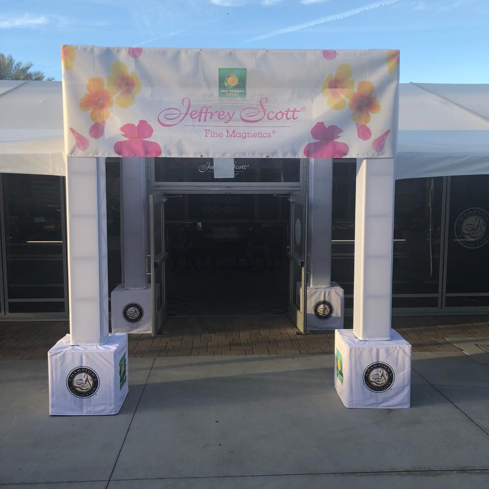 A shot of the Jeffrey Scott store at the 2018 BNP Paribas Open.