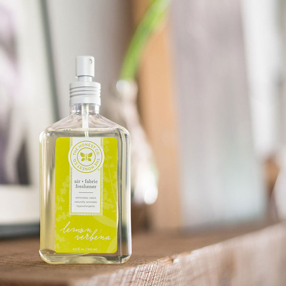 Honest Company Air Freshener natural aromatherapy & deodorizing spray in Lemon Verbena