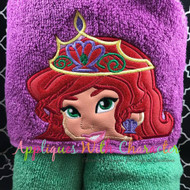 Ariel Crown Peeker Applique Design