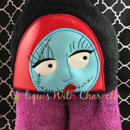 Sally Peeker Applique Design