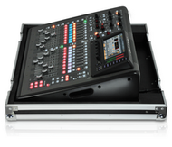 Behringer X32 COMPACT TP  40-Input 25-Bus Digital Mixing Console with Touring Case