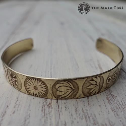 SEVEN CHAKRA SYMBOLS Brass Healing Bangle (Handmade)
