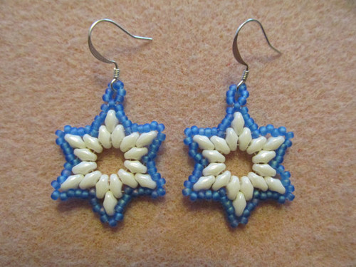 Winter Wonderland Snowflake Earrings Tutorial