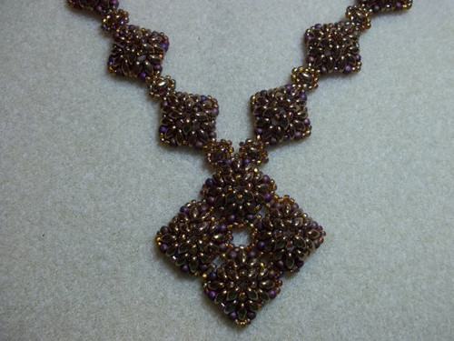 Corundum Necklace Tutorial