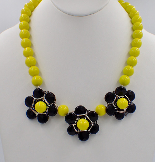 Yellow & Black Flower Power Necklace Kit