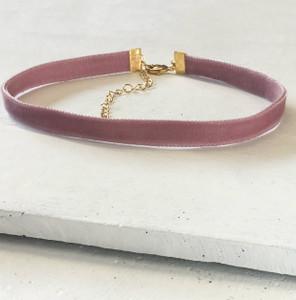 Velvet Choker Necklace - Dusty Blush Pink & Gold - Wildflower + Co (3)