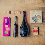 For anyone who appreciates quality fizz and luxury chocolate. All proseccos are not equal and this one is a lovely extra dry one from Sacchetto in Veneto. Team it up with the fantastic British Cassis which uses English blackcurrants to make a perfectly balanced cocktail. Kick back, unwrap and enjoy the rest of the goodies with a flute in hand.
