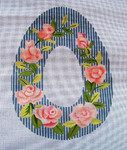 "Ann Wheat Pace 275B Large Sugar Egg 13 Mesh 9"" x 12"" Roses"