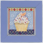 MH141101 Mill Hill Buttons and Bead Kit Vanilla Cupcake (2011)
