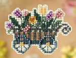 MH188106 Mill Hill Seasonal Ornament / Pin Kit Garden Cart (2008)