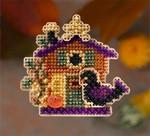 MH186203 Mill Hill Seasonal Ornament / Pin Kit Halloween House (2006)