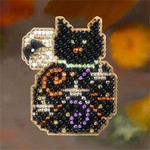 MH186206 Mill Hill Seasonal Ornament / Pin Kit Magic Kitty (2006)