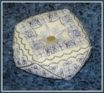 Brodeuse Bressane BB-BGEN Biscornu Gentiane With Silk Pack
