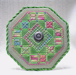 Spring Wreath – Needlepoint with 1 charm Handblessings