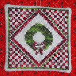 Christmas Wreath Quilt with 1 charm included Handblessings