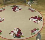 451216 Permin Santa w/Snowmen  Tree Skirt