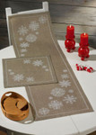 104620 Permin Snowflakes  Table Topper (center)