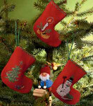 017228 Permin Three Christmas Stockings