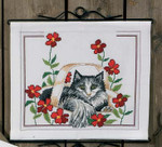 830146 Permin Cat w/poppies Pillow