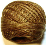 Valdani Pearl Cotton Size 12 Ball Dark Antique Golds - 12VA154