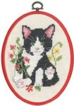 "925827 Permin Kit Black Cat in Flowers  5.2"" x 7.2""; Ecru Aida; 11ct Flexi frame included"