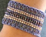 Stereo Cuff Iris (cotton) Nelkin Designs Knitting Kit