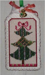 "Christmas Tree 5"" x 3"" 18  Mesh Sew Much Fun Tag"
