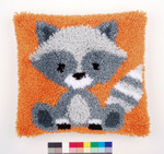 PNV158088 Vervaco Raccoon Latch Hook Cushion
