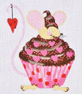 LD-31 Valentine Cupcake Mouse With stitch guide 4 x 5 18 Mesh LAINEY DANIELS