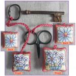 MPKX101 KIT Daises - Scissor/Key Keep Michael Powell