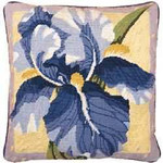 40016 Primavera Needlepoint Kit Single Iris