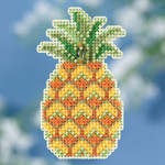 MH181816 Mill Hill Seasonal Ornament Kit Pineapple