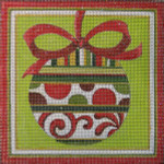 HO111 RED/GREEN ORNAMENT Raymond Crawford Designs