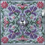 JN187 Sparkling Iris • GIE  Just Nan Designs