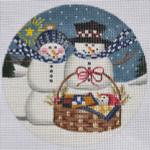 "LK-53 Snowman Family Ornament 5"" Round 18 Mesh LAURIE KORSGADEN"