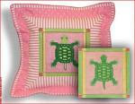 CBK Designs by Karen DK-PL 04 Turtle Pink & Green Border S/G 18 Mesh 8