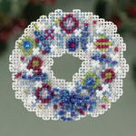 MH183301 Mill Hill Seasonal Ornament Kit Crystal Wreath (2013)