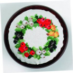 "7744305 Eva Rosenstand Kit Berries Pincushion 3"" circle; Linen; 30ct"