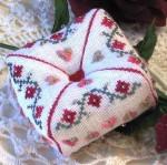 JM-064 Dinky-Dyes DD Designs Flowers & Hearts Tuffet