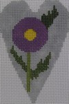 563K NeedleDeeva 18 Mesh 2.25X3.5 Fall Purple Flower Heart