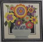 661G NeedleDeeva 7 x 7 18 Mesh Small Vase and Flowers