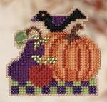 MH180204 Mill Hill Seasonal Ornament Kit Harvest Garden (2010)