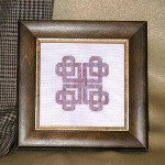 JM-005 Dinky-Dyes DD Designs Celtic Heart Knot With Silk Pack
