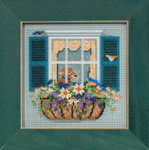 MH145104 Mill Hill Buttons and Bead Kit Window Box (2015)